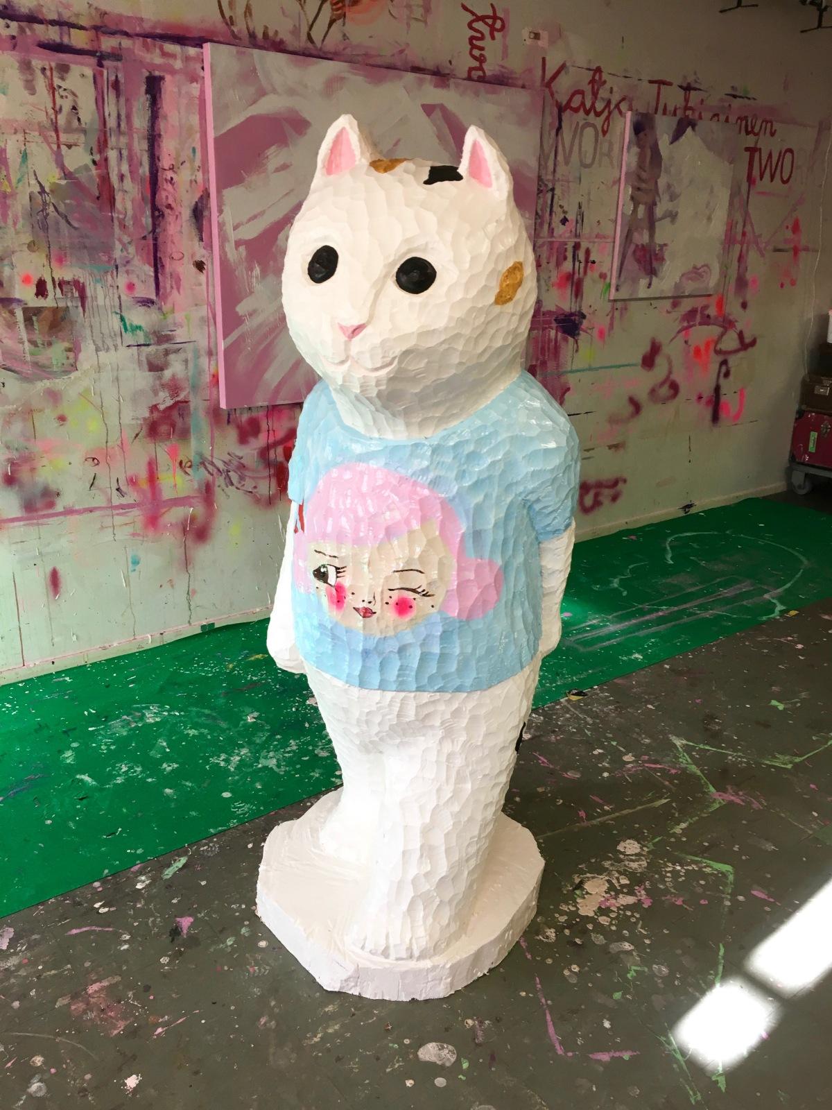 yasushi-koyama-walking-cat-with-tshirt-by-katja-tukiainen-2016-birch-house-paint